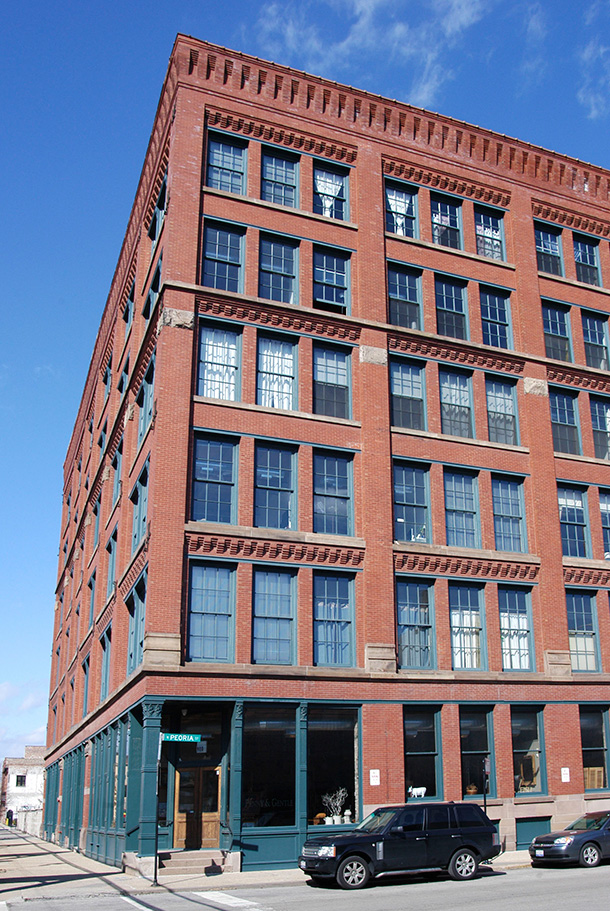Lake Street Lofts