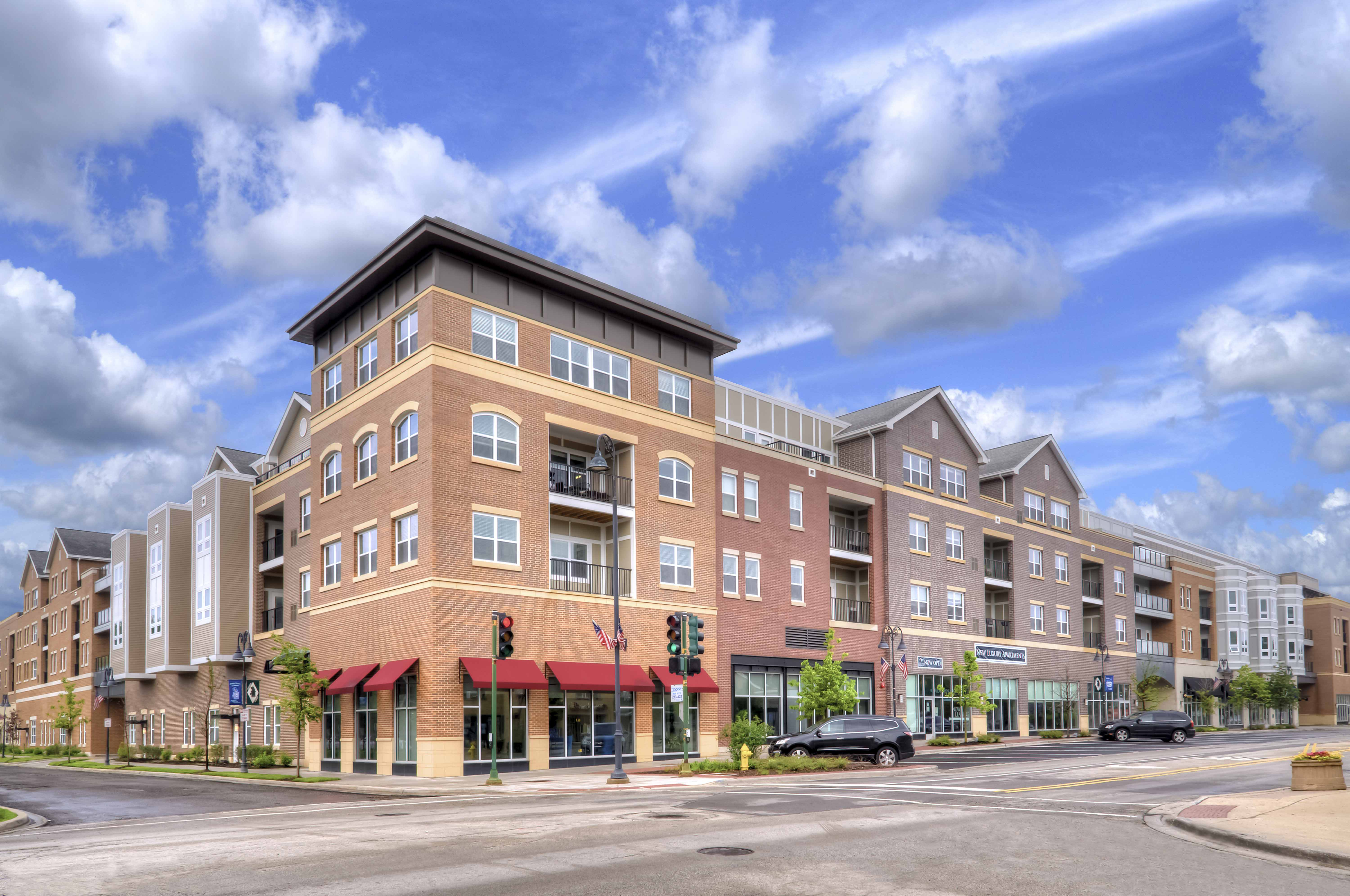 Leasing Strong at Glenview's Midtown Square