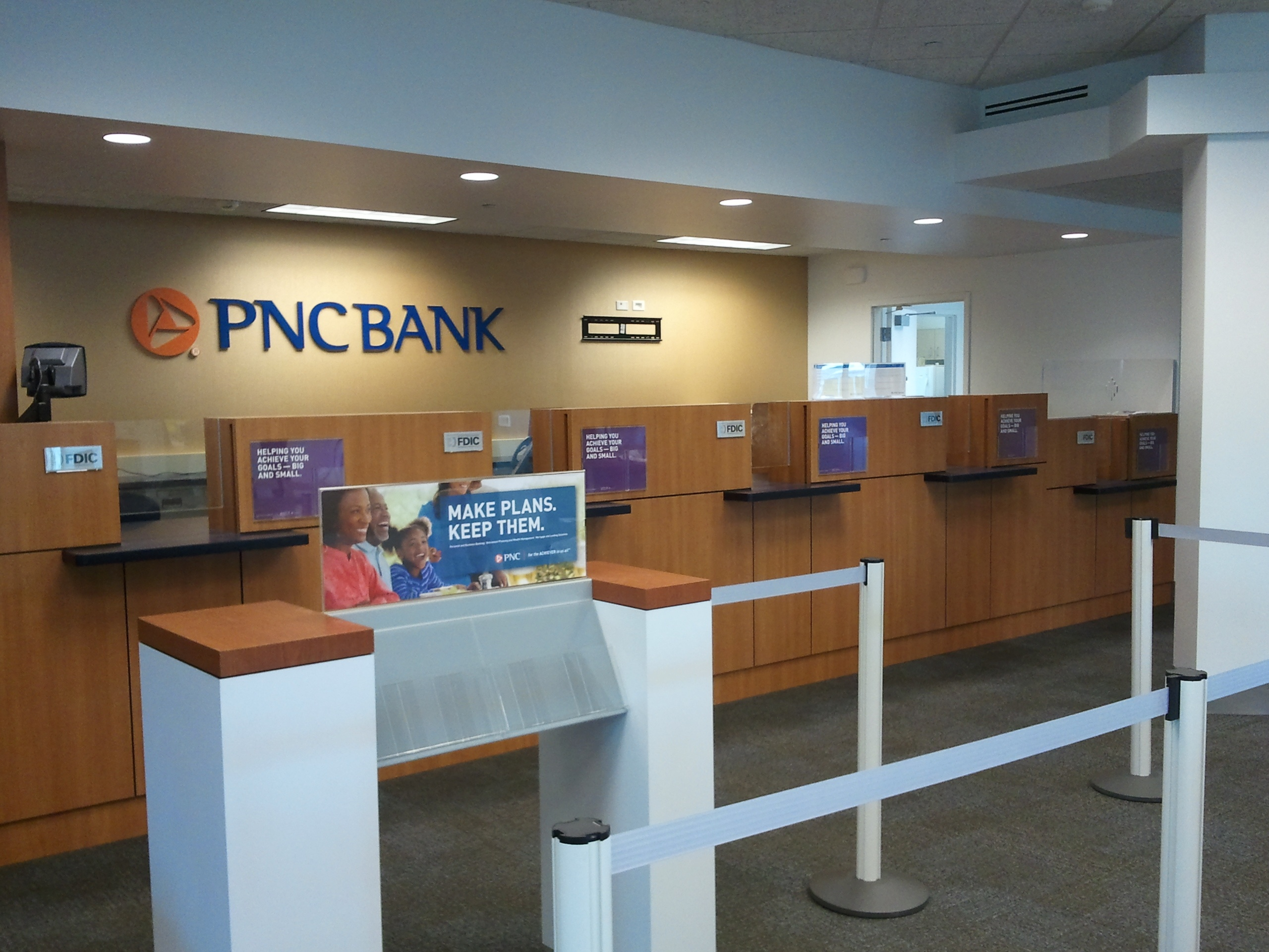 PNC Bank Branch, Lombard