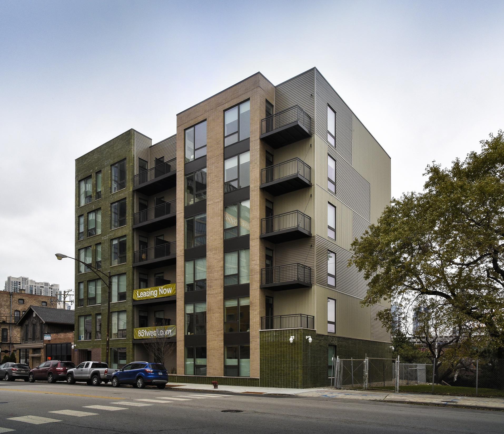 851 West Grand Avenue